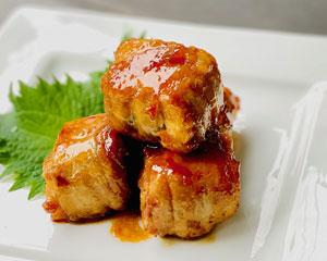 万能くろ酢たれで豚肉と厚揚げの肉巻き