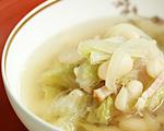 美味酢でベーコンと白菜と豆のスープ
